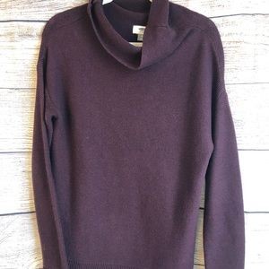 OLD NAVY Cranberry cowl neck sweater. EUC